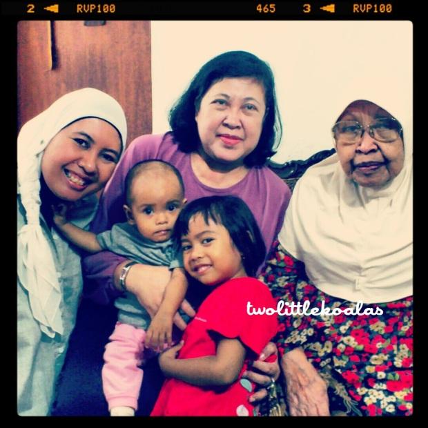 Empat Generasi: Me-Syifa-Ibu-Zia-Eyang Putri
